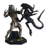The Alien & Predator Figurine Collection Special Statue...